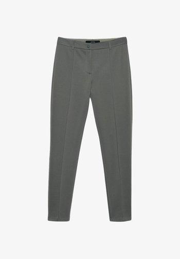 CARANA - Trousers - minze (46)