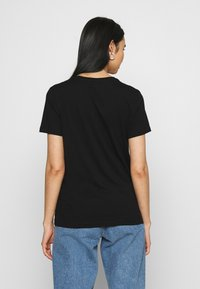 ONLY - ONLKITA LIFE FACE DOT BOX - Camiseta estampada - black - 2