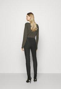 Guess - CORSET BIKER - Jeans Skinny Fit - harrogate - 2