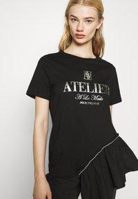 River Island - Print T-shirt - black - 4