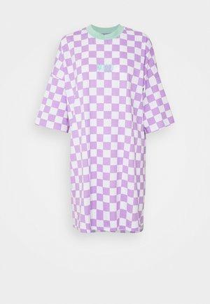 STOKED DRESS - Jerseykleid - purple/white