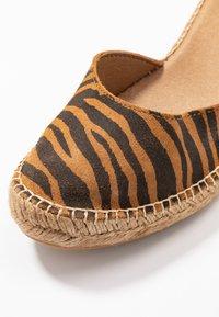 Shoe The Bear - SALOME - Plateaupumps - tan - 2
