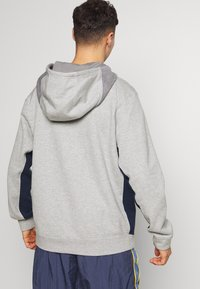 Nike Performance - NBA COURTSIDE HOODY THUNDER EARNED - Club wear - dark grey heather/college navy - 2