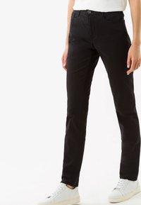 BRAX - STYLE CAROLA - Straight leg jeans - black - 0