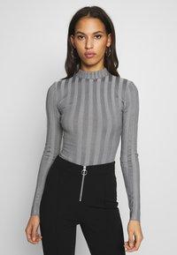 Missguided - EXTREME CREW NECK BODYSUIT - Stickad tröja - grey - 0