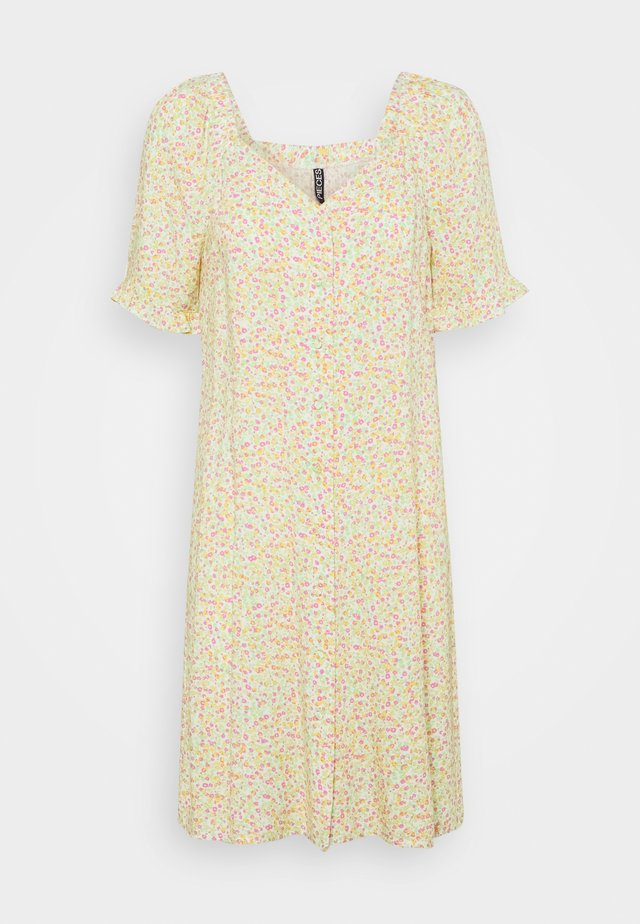 PCTIMBERLY DRESS - Day dress - jade lime ditsy