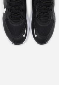 Nike Sportswear - AIR MAX VERONA - Trainers - black/summit white/anthracite/metallic silver - 5