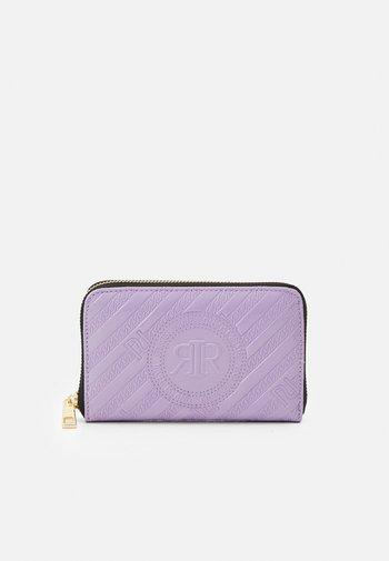 Wallet - purple light