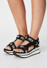 Pepe Jeans - FUJI - Sandály na platformě - black - 0