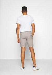 Bellfield - TAILORED  - Shorts - mushroom - 2