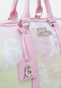 Steve Madden - BHUE - Weekend bag - pastel - 4