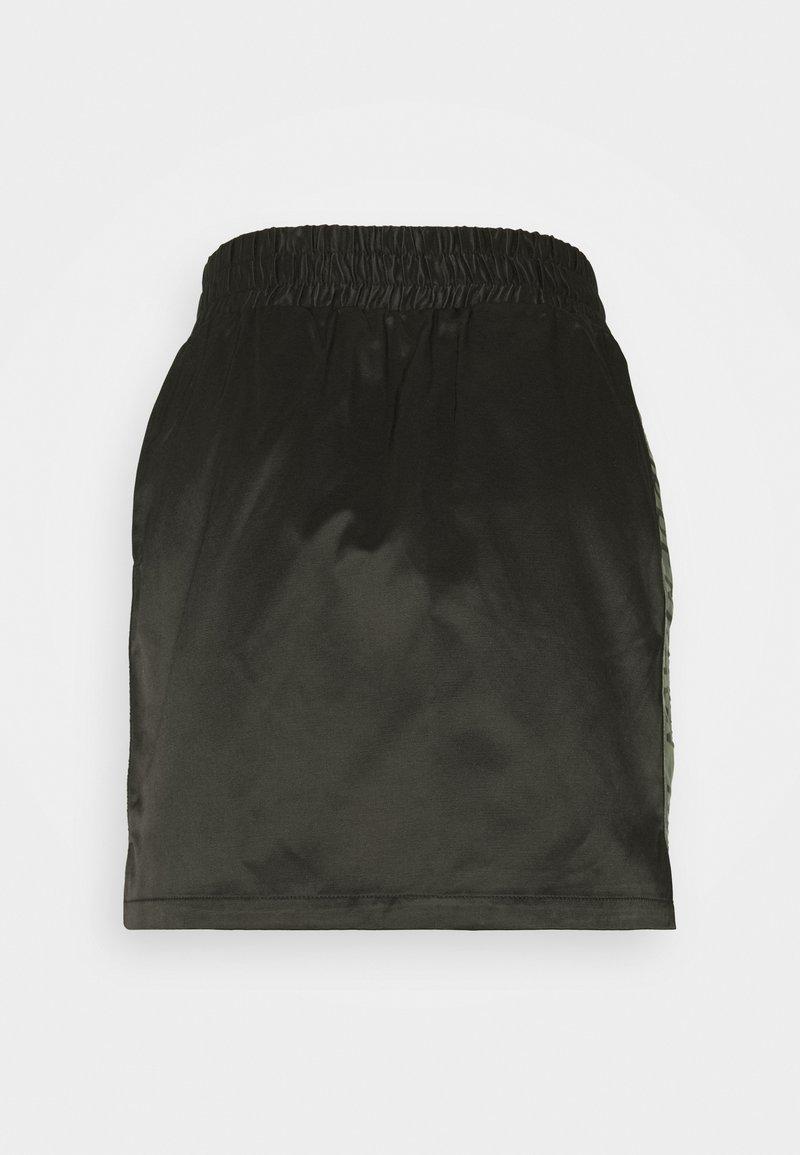 Han Kjøbenhavn - SPORT SKIRT - Mini skirt - black
