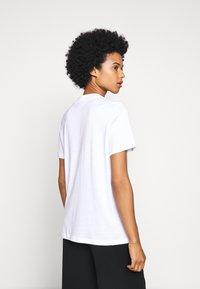 HUGO - DENNILE - Jednoduché triko - white - 2