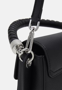 Calvin Klein - SADDLE BAG - Håndveske - black - 3