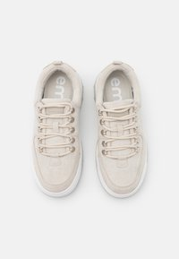 Emmshu - ROXIE - Sneakers laag - light grey - 5