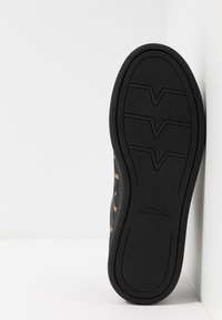 Versace Collection - Sneakers laag - black - 4