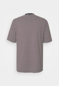 Lyle & Scott - ARCHIVE STRIPE RELAXED FIT - Print T-shirt - dark navy - 8