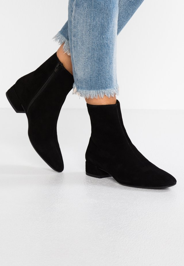 JOYCE - Bottines - black