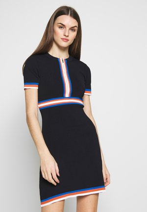 RMAYA - Jumper dress - marine/orange