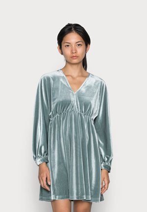 ONLESME LIFE VELOUR DRESS - Cocktail dress / Party dress - stormy sea