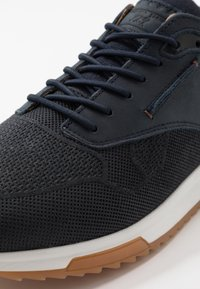 Bullboxer - Trainers - fyna - 6