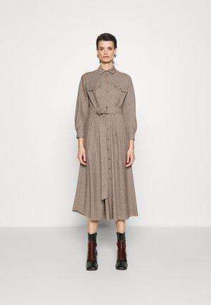 OTARIA - Skjortklänning - dark brown