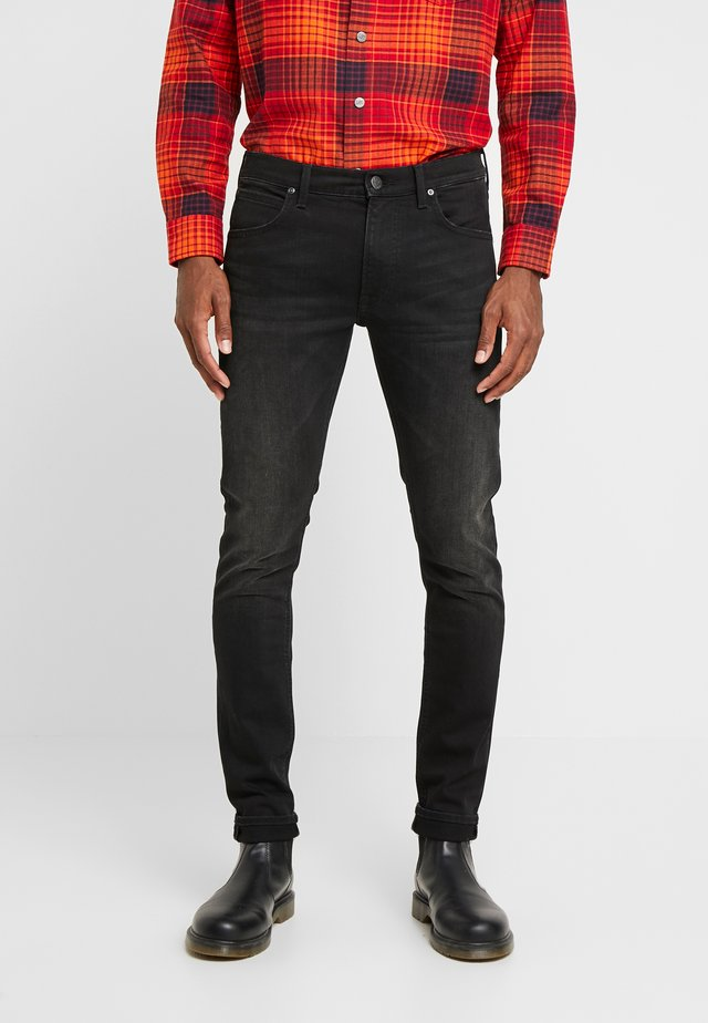 LUKE - Jeansy Slim Fit - moto black