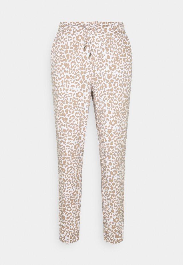NMRAINY PANT  - Teplákové kalhoty - bright white