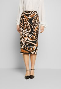 Diane von Furstenberg - KARA - Pencil skirt - abstract wing black - 0