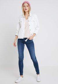 Cream - NAIA - Basic T-shirt - sunshine rose - 1