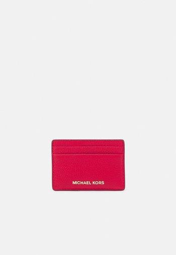 JET SET CARD HOLDER MERCER - Plånbok - bright red