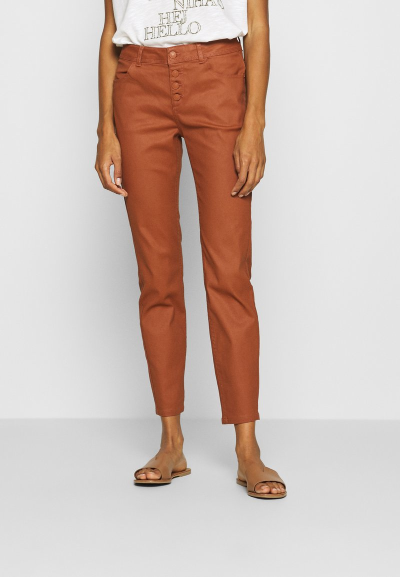 comma - Spodnie materiałowe - cognac
