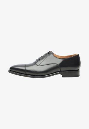 NO. 548 - Smart lace-ups - black