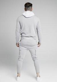 SIKSILK - DUAL STRIPE OVERHEAD HOODIE - Pitkähihainen paita - grey/white - 2