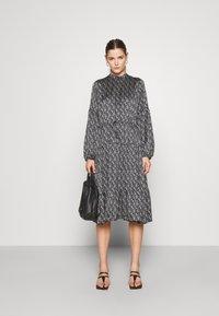 Bruuns Bazaar - ACACIA AVERY DRESS - Day dress - dark floral - 1