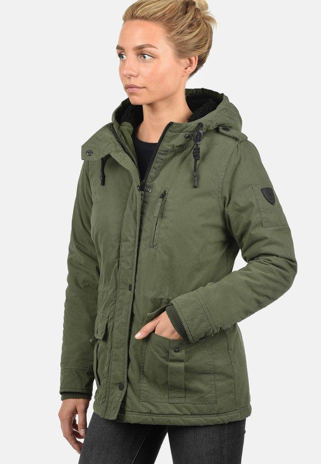 WINTERJACKE LISA - Winter jacket - ivy green
