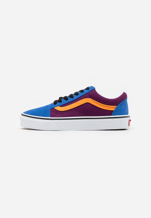 OLD SKOOL  - Zapatillas - grape juice/bright marigold