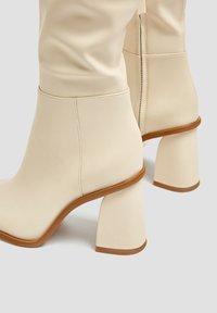 PULL&BEAR - Boots - beige - 5