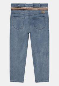 IKKS - SLIM - Relaxed fit jeans - light blue - 1