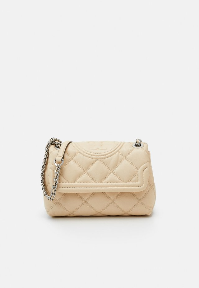 FLEMING SOFT TEXTURED SMALL CONVERTIBLE SHOULDER BAG - Sac à main - new cream
