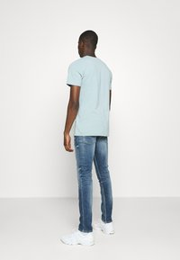 Replay - ANBASS AGED - Jeans slim fit - medium blue - 2
