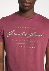 Jack & Jones - JORMARIUS TEE CREW NECK  - T-shirt imprimé - hawthorn rose - 3
