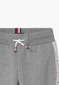 Tommy Hilfiger - TAPE - Pantaloni sportivi - grey - 2