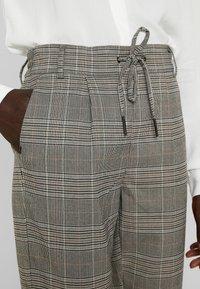ONLY Tall - ONLPOPTRASH EASY SAVIL CHECK PANT - Trousers - black/merlot/adobe - 5
