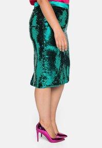 Sheego - Pencil skirt - powergrün - 3