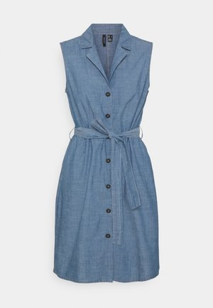 VMAKELASANDY  SHORT DRESS - Jeansklänning - medium blue denim