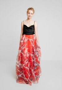 Mascara - Maxi skirt - red - 0