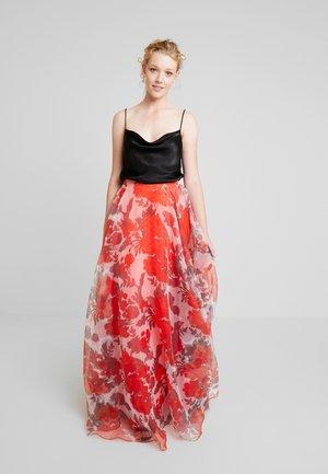 Maxi sukně - red