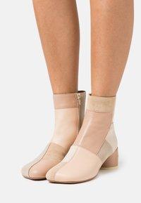 MM6 Maison Margiela - STIVALETTO - Classic ankle boots - multicolor/nude - 0