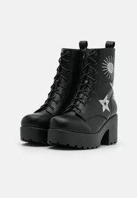 Koi Footwear - VEGAN  - Kotníkové boty na platformě - black/silver - 2